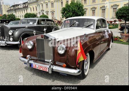 Oak Bay Classic Car Show