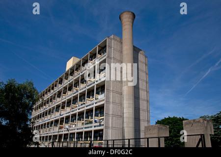 Highcliffe Alton West Alton Estate Roehampton London England - Stock Photo