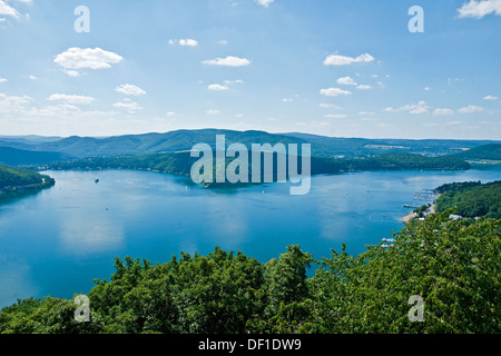Eder Lake, Germany. The Eder Dam, breached by the Dambusters on 17 May 1943, is at centre left - Stock Photo