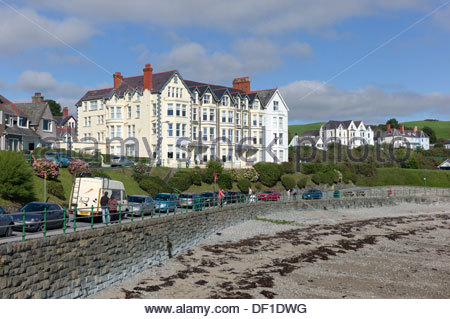 Seafront hotel, Criccieth, Llyn Peninsula, North Wales, UK - Stock Photo