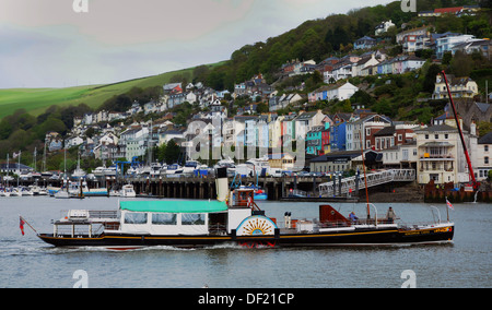 PADDLE STEAMER KINGSWEAR CASTLE IN THE HARBOUR AT DARTMOUTH, SOUTH DEVON - Stock Photo