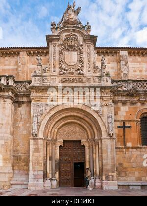 Royal Collegiate Basilica of San Isidoro, Leon, Castilla-Leon, Spain - Stock Photo