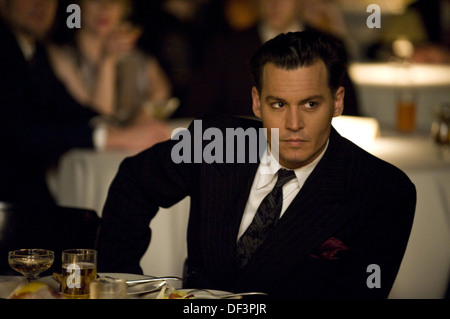 PUBLIC ENEMIES (2009) JOHNNY DEPP MICHAEL MANN (DIR) 005 MOVIESTORE COLLECTION LTD - Stock Photo