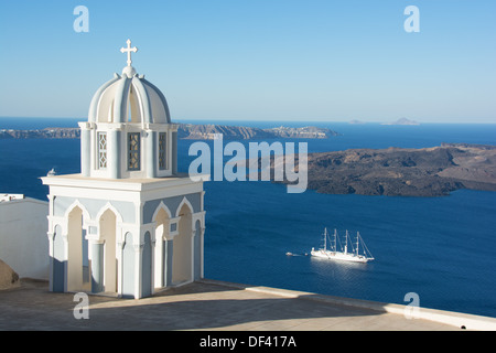 SANTORINI (THIRA), CYCLADES, GREECE. A view over the volcanic crater towards the plug, as seen from Firostephani - Stock Photo