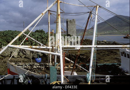 Harbour and O´Malley´s tower. Achill Island, Clew Bay, Westport. Co. Mayo, Ireland - Stock Photo
