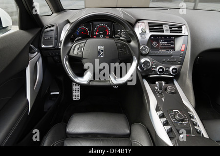 citroen ds5 sport chic hybrid4 airdream stock photo 60948136 alamy. Black Bedroom Furniture Sets. Home Design Ideas