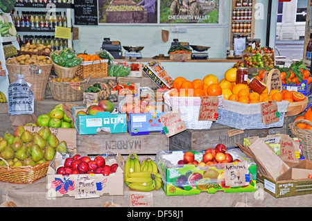 Fruit shop in Borough Market (London's renowned food market of exceptional British and international produce). England, - Stock Photo