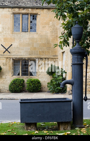 Hand-operated Water Pump Chipping Campden - Stock Photo