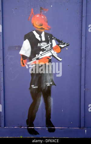 Street Art by Gee, Orchard Place, Tower Hamlets, London, England, UK. - Stock Photo