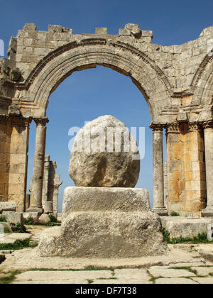 Pillar of Saint Simeon Stylites, Qalaat Seman near Aleppo, Syria - Stock Photo