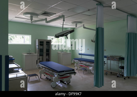 the trauma room of the new emergency room of at the accident hospital stock photo royalty free. Black Bedroom Furniture Sets. Home Design Ideas