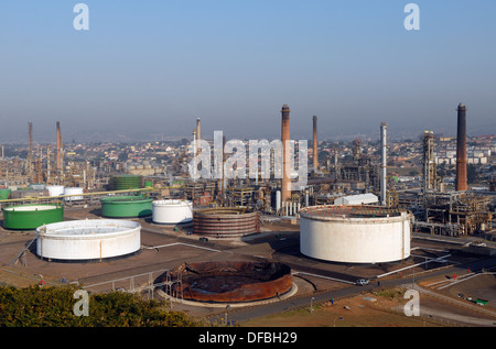 The Engen Oil Refinery In Bluff With Suburbs Merebank And Wentworth Stock Photo Alamy