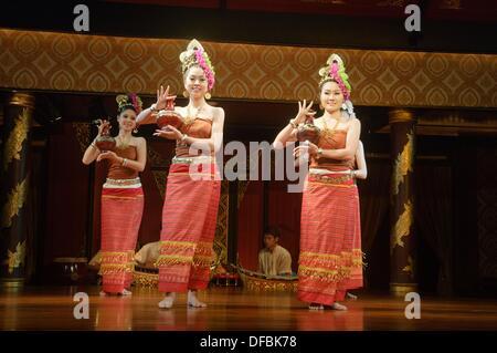 classical Thai dancers performing in Bangkok, Thailand - Stock Photo