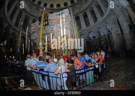 The most important site of the Church of the Holy Sepulchre is the Aedicule (Holy Grave, Grave Chapel), the supposed - Stock Photo