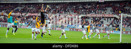Juventus team group, SEPTEMBER 29, 2013 - Football / Soccer : Juventus team group celebrate after winning the Italian - Stock Photo