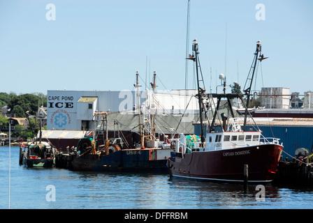 Fishing boat gloucester harbor cape ann greater boston for Gloucester ma fishing