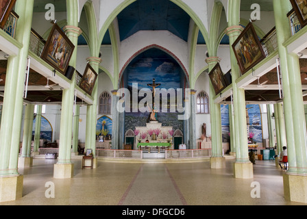 Interior- St. Andrew´s Forane Church at Arthunkal near Cherthala, Kerala, India. St. Andrew´s Forane Church (1579 - Stock Photo