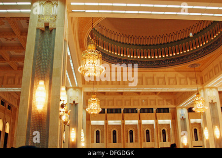 Interior Detail of the Main Hall in The Grand Mosque,largest in Kuwait   built in 1986 - Stock Photo