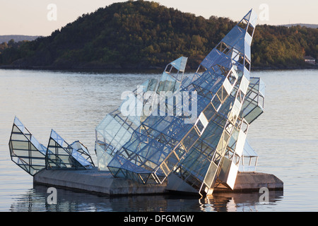 Norway, Oslo, floating glass iceberg sculpture 'She Lies' outside the opera house, by Monica Bonvicini. - Stock Photo