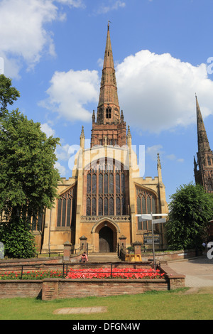 Holy Trinity Church in Trinity Churchyard, in summer, in Coventry, Warwickshire, in the West Midlands, England, - Stock Photo
