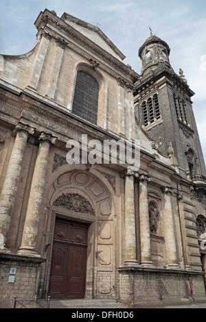 Eglise Saint-Andre XVIII siecle, rue Royale, Vieux-Lille, Lille, Nord-Pas-de-Calais, Nord, France. - Stock Photo