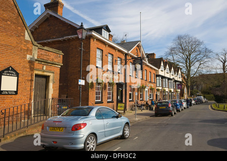 George & Dragon Out and Out Restaurant Pub. The Causeway. Marlow. Buckinghamshire. England. UK. - Stock Photo
