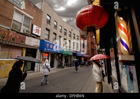 Barber´s shop in Chinatown, Manhattan, NYC, USA - Stock Photo