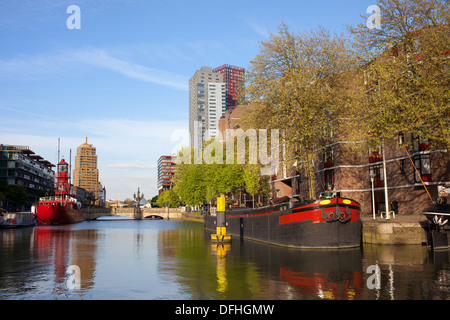 Rotterdam city canal and apartment buildings, South Holland, Netherlands. - Stock Photo
