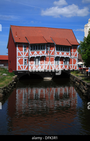 Framed house called GEWOELBE across river GRUBE, Wismar, Baltic Sea, Mecklenburg West Pomeranmia, Germany - Stock Photo
