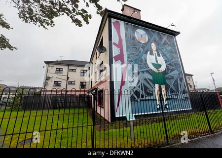 Annette McGavigan memorial mural, part of the peoples gallery murals in Rossville Street of the bogside area of - Stock Photo