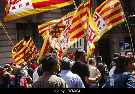 Spanish labor union CC.OO. (´Comisiones Obreras´) demonstration during May Day, 2005. Barcelona, Spain - Stock Photo
