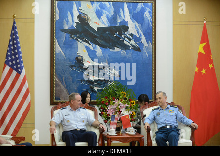 Air Force Chief of Staff Gen. Mark A. Welsh III meets with People's Liberation Army Air Force Commander Gen. Ma - Stock Photo