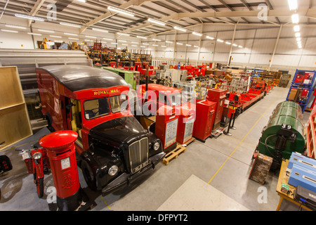 Objects stored at the British Postal Museum Store at Debden. A Morris Commercial LC5 Royal Mail van from 1956 sits - Stock Photo