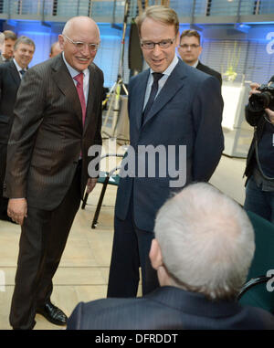 Berlin, Germany. 08th Oct, 2013. German Finance Minister Wolfgang Schaeuble (front), Guenter Verheugen (back-L), - Stock Photo