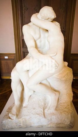 The Kiss by Auguste Rodin marble sculpture, Rodin Museum, Paris, France, Europe. - Stock Photo