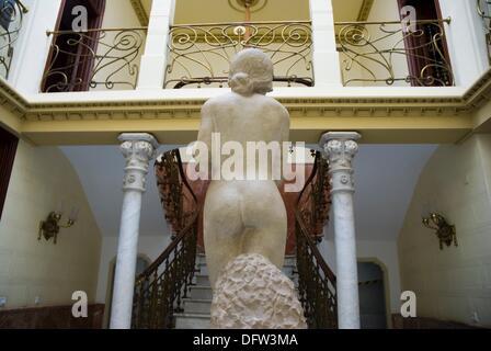 Adolescente, piedra tallada de Jose Planes, en el Palacio Aguirre, sede del Museo Regional de Arte Moderno Muram - Stock Photo