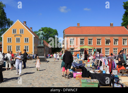 Busy outdoor weekend flea market stalls in old town Torvet Square, Gamlebyen, Fredrikstad, Ostfold, Norway, Scandinavia - Stock Photo