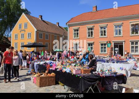 Busy outdoor weekend flea market stalls in old town Torvet Square, Gamlebyen, Fredrikstad, Ostfold, Norway, Scandinavia, - Stock Photo