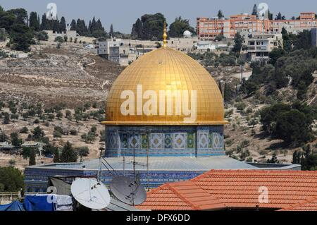 View of the golden dome of the Dome of the Rock over the roofs of Jerusalem, Israel, 10 September 2013. Jerusalem - Stock Photo