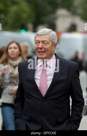 Westminster London, UK. 10th Oct, 2013. Alan Johnson is a British Labour politician and a member of parliament for - Stock Photo