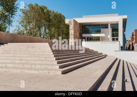 The new Ara Pacis Museum in Rome, Lazio, Italy, Europe - Stock Photo