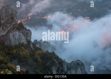 Misty sunset, Castelmezzano, Dolomiti lucane, Basilicata, Italy - Stock Photo