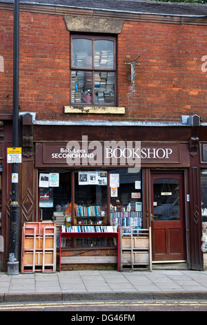 Secondhand Bookshop on George Street, town centre, Oldham, Greater Manchester, England, United Kingdom - Stock Photo