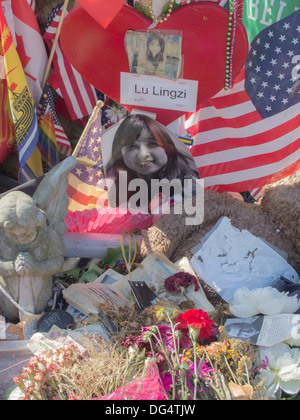 unofficial tribute to the Boston Marathon Bombing victim Lu Lingzi - Stock Photo