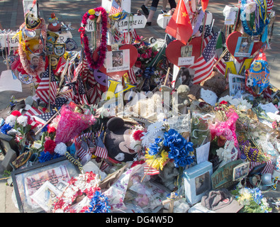 unofficial tribute to the victims of the Boston Marathon Bombing - Stock Photo