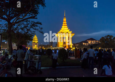 Cambodia marks 1st anniversary of King Father Norodom Sihanouk's death Credit:  Combre Stephane / Alamy Live News - Stock Photo