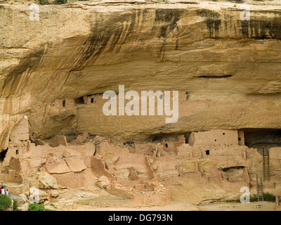 The Anasazi dwelling of Long House in Mesa Verde National Park,Colorado - Stock Photo