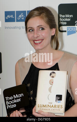 Guildhall, London, UK. 15th Oct 2013. Eleanor Catton, Winner of Man Booker Prize 2013 for The Luminaries. Eleanor - Stock Photo