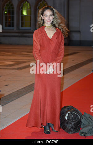 London, UK. 15th Oct, 2013. Guest arrive at The Man Booker Prize 2013 at The Guildhall. Credit:  See Li/Alamy Live - Stock Photo