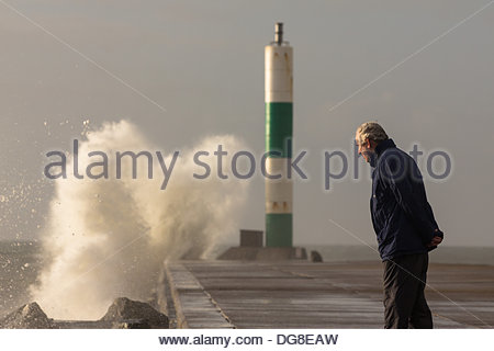 Aberystwyth, Ceredigion, Wales, UK. 16 October 2013. Stormy seas driven by strong winds, batter the coast at Aberystwyth. - Stock Photo